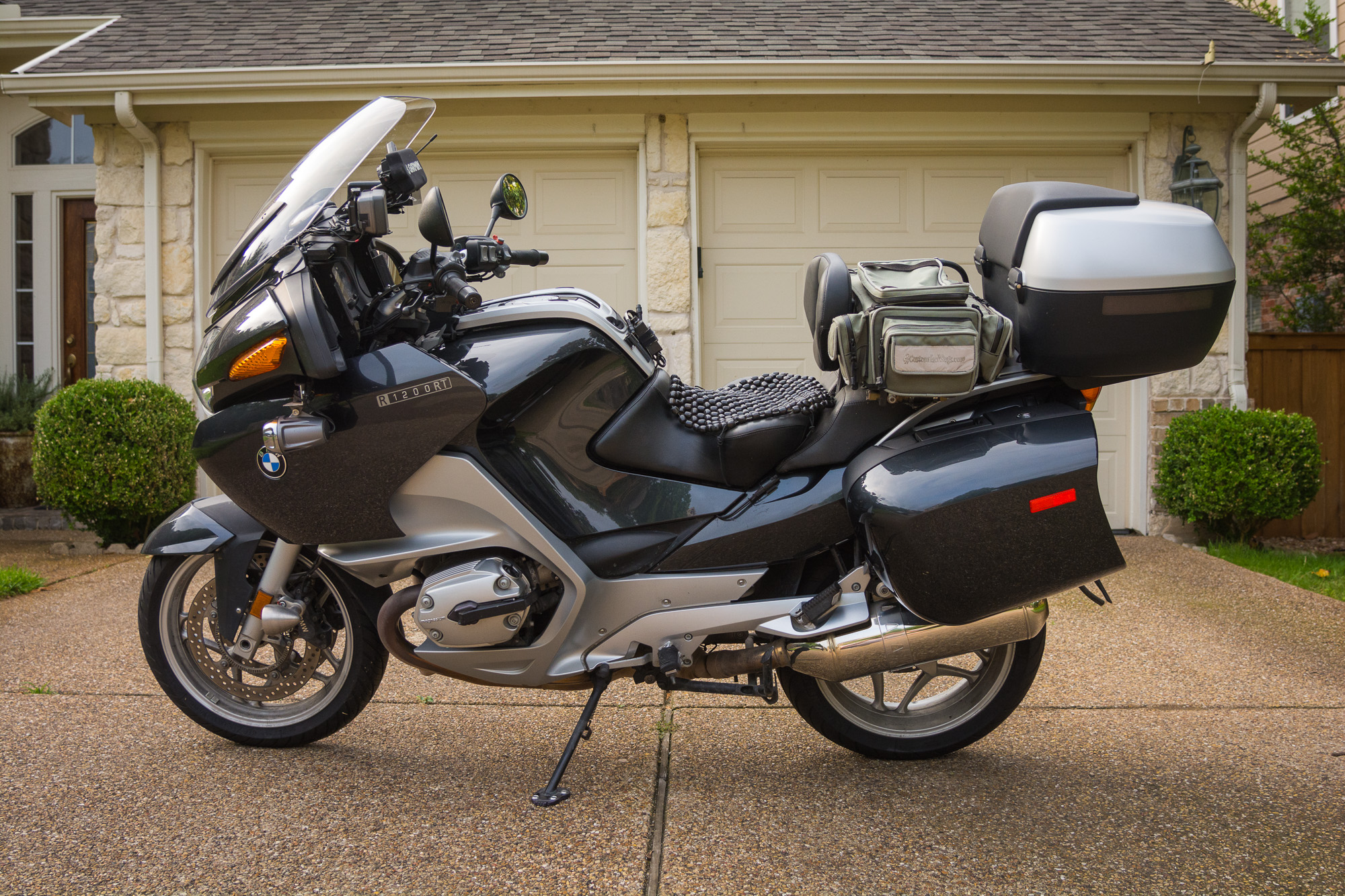 2006 bmw r1200rt 1 the